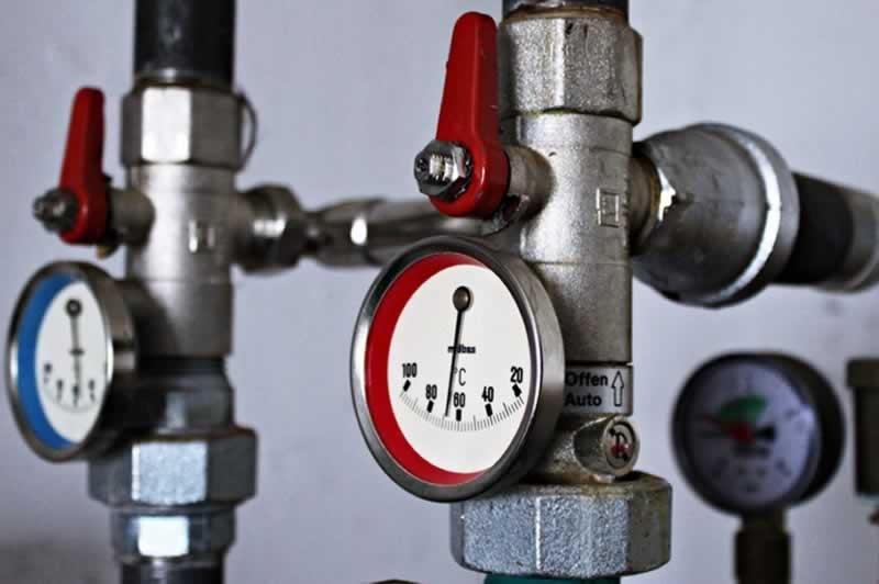 Kisteljesítményű kazán fűtő (max.2t/h)
